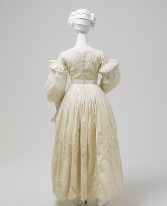 Dress, womens, cotton, probably made in Australia and worn by Julia Johnston, Horsley, New South Wales, Australia, 1836-1840