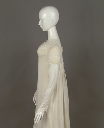 Ball gown thought to have been worn by Ann Marsden, 1822, Photo: Powerhouse Museum