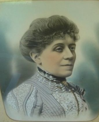 Amelia Hume b. 1856 d. 1905. Wife of Frederick William Hume, nephew of Hamilton Hume the explorer.