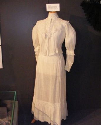 Cream muslin skirt and blouse
