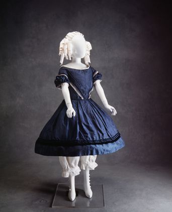 Girl's Dress, 1845-1855. Powerhouse Museum, A10073