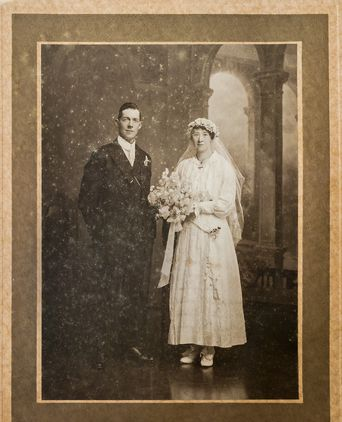Photograph, Alonzo & Mary Box 12/6/1918