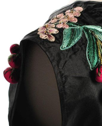 Embroidery and shoulder detail