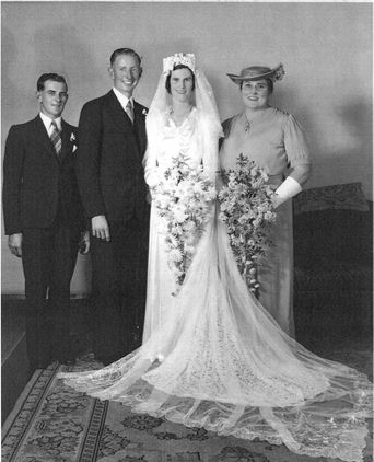 Wedding of Eunice Gray Mortimer and Oswald Edwin Douglas at the Mullumbimby Methodist Church on 26th April 1941. Eunice Mortimer was the first bride to wear the ensemble.