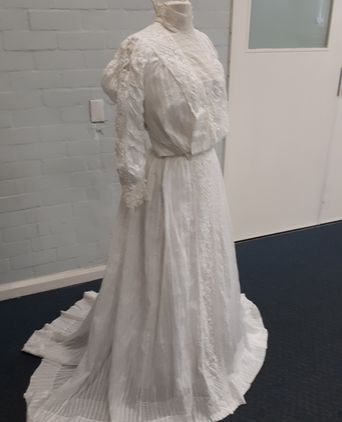 Elsie Reeve wedding dress 1908